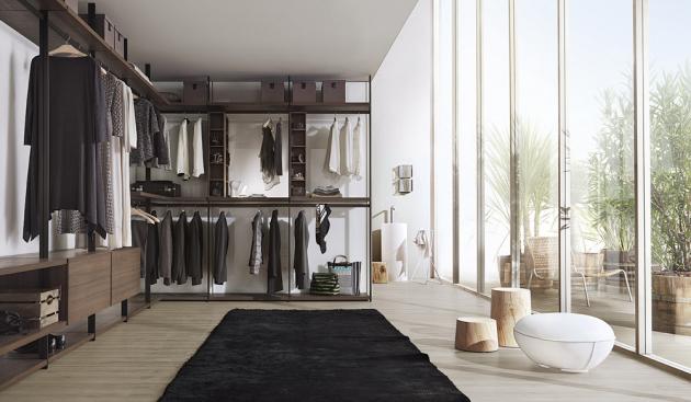 Modulární šatní systém Hangar (Lema), design Pierro Lissoni, cena závisí na konkrétní modulaci, WWW.STOCKIST.CZ