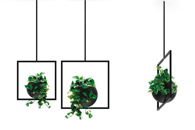Kombinace kontrastních geometrických tvarů charakterizuje kolekci květináčů Globe (Bloss).