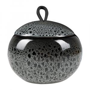 Kosmetický zásobník Ugo (Aquanova), černé provedení, keramika/kůže, cena 905 Kč, WWW.GLAMUR.CZ