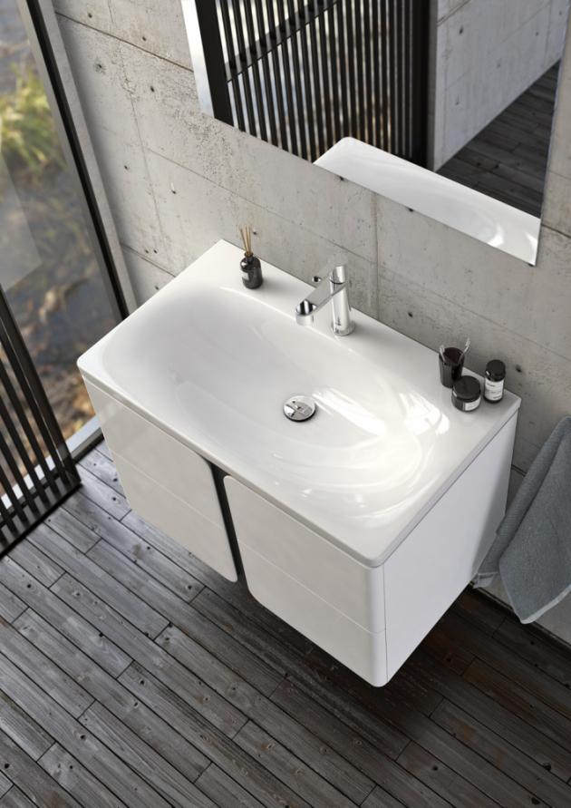Jednotlivé prvky série Balance umožňují vytvořit nábytkovou sestavu podle dispozic koupelny a individuálních požadavků na množství úložných i odkládacích prostor