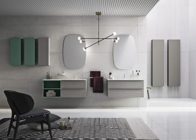 Sestava koupelnového nábytku z kolekce Progetto (Inda), kombinace dekoru dřeva a matného laku, úložný prostor a boční koupelnové skříňky, cena od 70 000 Kč, WWW.DESIGNBATH.CZ