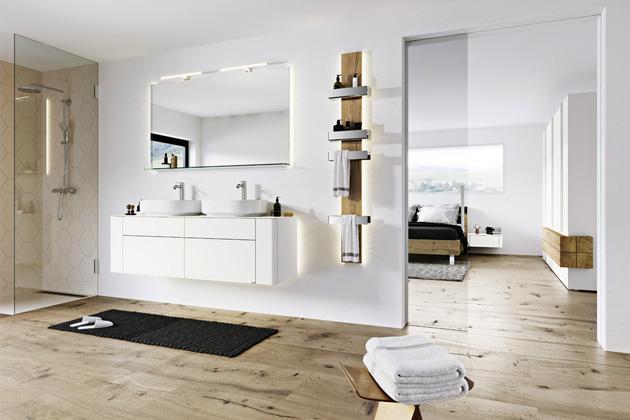 Koupelnová sestava Gentis (hülsta), bílý lak, lesk/mat, dub, umělá keramika, cena sestavy od 191 880 Kč, WWW.HOMESTYLE.CZ