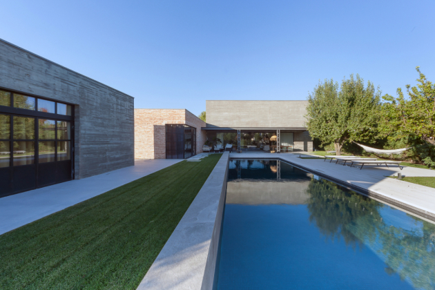 Dům Mouettes rozlohou 654m2 se nachází ve městě Valladolid