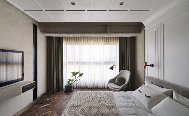 Mozaiková dřevěná podlaha má v kombinaci s přírodními materiály a jemnými barvami příležitost pořádně vyniknout