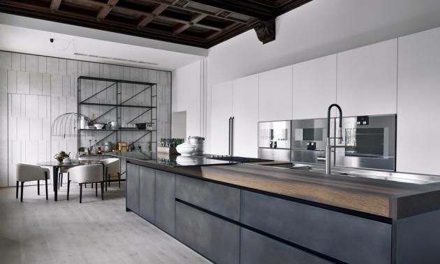 Ukázka z realizace kuchyně propojené s obytnou částí (Boffi, De Padova a MA/U Studio), kov, MDF, kámen, dřevo, cena dle kompozice na dotaz, WWW.KONSEPTI.COM