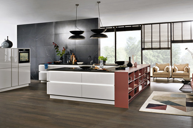 Kuchyňský koncept NK25805 Nova Lack (Nolte Küchen), odstíny Platingrau a Henna rot, WWW.NOLTE-KUECHEN. DE