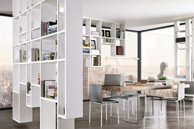 Knihovna Weightless a stůl Air (Lago), design Daniele Lago, ručně opracovaný dub a matný lak, cena na dotaz, WWW.LAGO.CZ