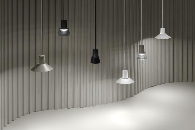 Doslova hravá je nová série osvětlení Compose (Zero) od Jense Fagera, zahrnující mnoho různých tvarů, velikostí a barev.