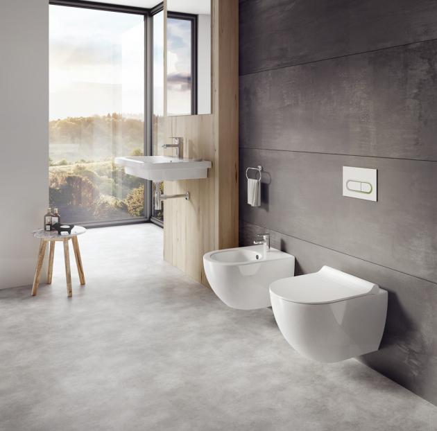 WC Chrome (Ravak), splachováni RimOff, bez nutnosti dočišťování, cena od 4 632 Kč, WWW.HORNBACH.CZ