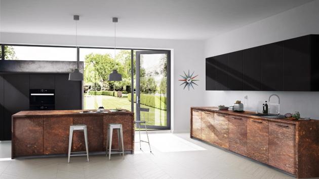 Kuchyňská sestava z řady Steel Art (Dolti Collection), HPL laminát, dekor corten (zrezivělá ocel) v kombinaci s černými skříňkami v super matném povrchu s úpravou proti otiskům prstů, WWW.ORESI.CZ
