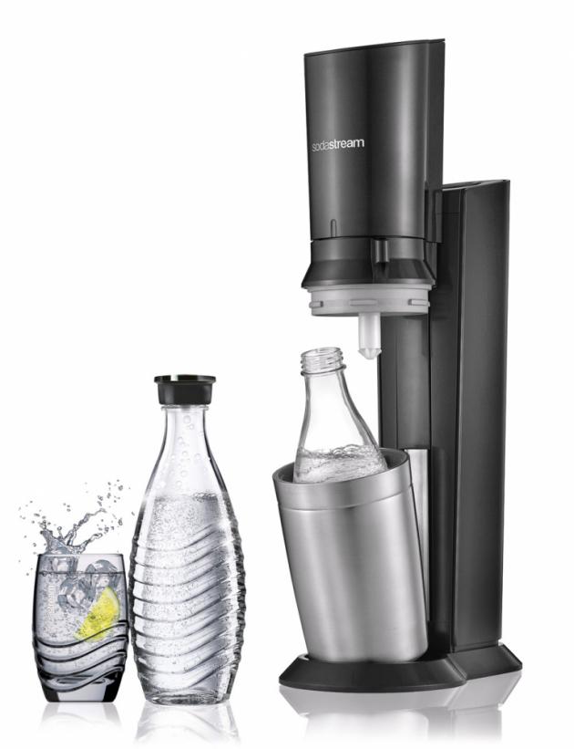 Výrobník Crystal (SodaStream), cena 2 999 Kč, WWW.SODASTREAM.CZ