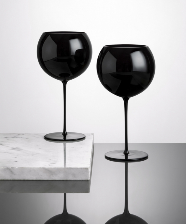 Sklenice na víno Bubbles (Lukáš Houdek), 500 ml, ručně vyráběné, cena 980 Kč/ks, WWW.ZCECH.CZ