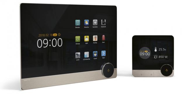 Chytrý termostat tado (Tado) slouží ke kontrole vytápění v domě, kompatibilní s Apple HomeKit, Google Assistant a Amazon Alexa, napájený bateriemi, denní programování, ovládání přes aplikaci na Android a iOS, cena za starter kit 4 499 Kč, WWW.ALZA.CZ