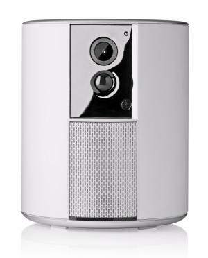 Zabezpečovací systém Somfy One (Somfy) je vybaven vestavěnou kamerou s vysokým rozlišením, sirénou a chytrým pohybovým stmívačem, ovládání přes aplikaci Somfy Protect ve smartphonu, instalace trvá pouhých pár minut a zařízení je možné libovolně přemisťovat, cena 8 290 Kč, WWW.SOMFY.CZ