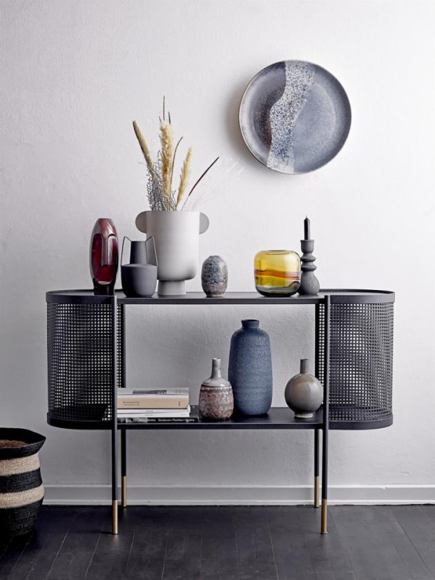 Závěsný kameninový talíř (Bloomingville), O 41 cm, cena 1 719 Kč, WWW.KITCHENETTESHOP.CZ