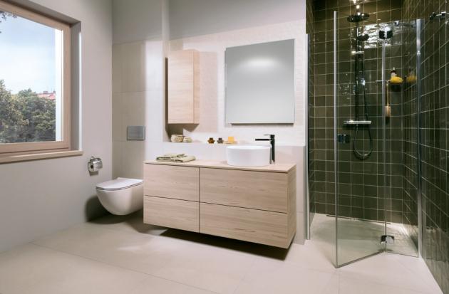 Koupelnová kolekce Mio se rozrostla o nová nábytková řešení, která se skvěle hodí pro umyvadlové mísy a zároveň nabízejí velkorysý úložný prostor.