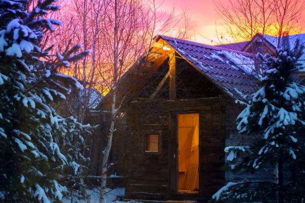 Silnější imunita a spokojenější život – i to vám dopřeje saunování v zimě