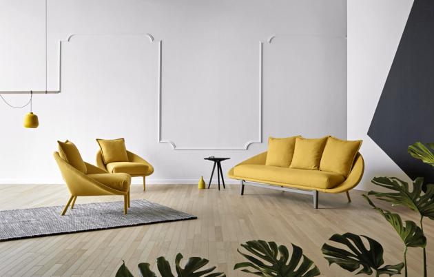 Série sedacího nábytku Lem (Miniforms), design Francesco Beghetto, kovová konstrukce, rozměry sofa 267 × 88 × 104 cm, rozměry křesla 106 × 88 × 100 cm, cena od 20 252 Kč, WWW.CSKARLIN.CZ