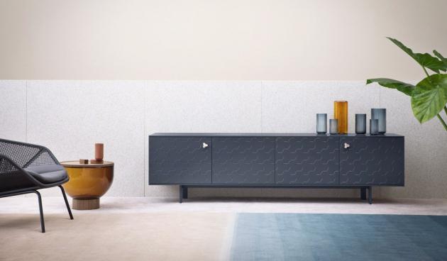 Komoda Soko (Miniforms), design Miniforms Lab, kov a lakovaná MDF, rozměry 180/240 × 48 × 67 cm, cena od 81 127 Kč, WWW.CSKARLIN.CZ