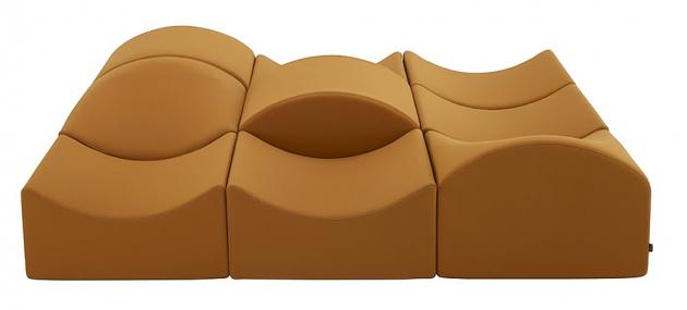 Modulární sedací systém Asmara (Ligne Roset), design Bernard Govin, rozměr základního modulu 32 × 78 × 61 cm, výška sedu 21 cm, cena na dotaz, WWW.LIGNE-ROSET. COM
