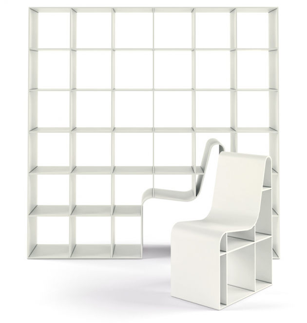Knihovna Bookchair (Alias) s integrovanou židlí, design Sou Fujimoto, lakovaná MDF, 200 × 200 × 40 cm, rozměry židle 90 × 64,5 × 46 cm, cena 261 033 Kč, WWW.LINO.CZ