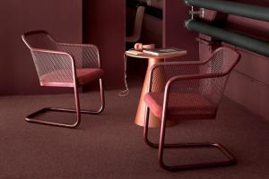 Židle Honken X40 a X46 (Bla Station) jsou vítaným rozšířením stávající kolekce sedacího nábytku Honken.