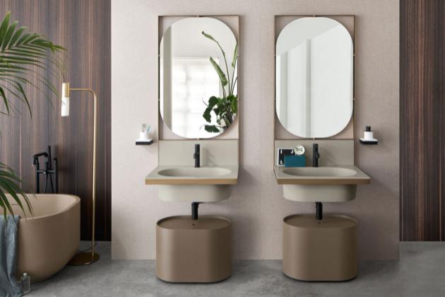 Klasické tvarování striktně lineárního vzhledu tvoří základ koupelnové kolekce Elle (Cielo). V dialogu mezi inovací a řemeslnou tradicí má rozhodující slovo kvalitní porcelán v kombinaci s černým kovem. Dostupná je čtvercová i obdélníková varianta konstrukce, sérii doplňují zrcadla a volně stojící úložné prostory v několika barevných variantách. Cena od 64 047 Kč, WWW.CERAMICACIELO.IT