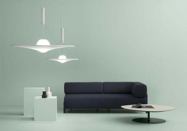 Manto (Axo Light), design Davide Besozzi, ocel, hliník a elastická tkanina, O 70, 120 a 180 cm, cena od 31 277 Kč, WWW.CSKARLIN.CZ