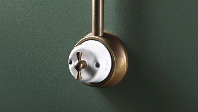 Otočný vypínač Fusion (GI Gambarelli), kombinace mosazi a porcelánu, cena na dotaz, WWW.GIGAMBARELLI.COM