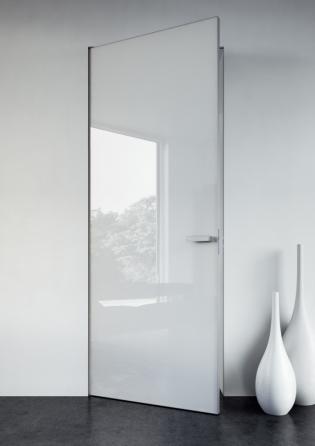 Skrytá zárubeň DUAL umožňuje dveřnímu křídlu otevírat se na obě strany zároveň ( JAP FUTURE)