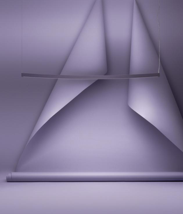 Závěsné osvětlení Landscape (Zero), design Note Design Studio, lakovaný hliník, šířka 115,6 a 170,6 cm, cena od 28 250 Kč, WWW.ZEROLIGHTING.COM