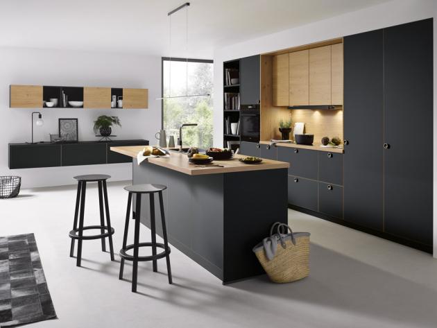 Kuchyňská sestava (Schüller) v provedení Strato matt, cena závisí na konkrétní konfiguraci, WWW.SCHUELLER. DE