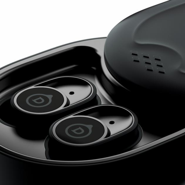 DEVIALET Gemini přináší do nabídky VOIX sluchátka True Wireless, která jsou navržena tak, aby při zachování kompaktních rozměrů poskytla naprosto dokonalý a bohatý zvuk v celém hudebním spektru.