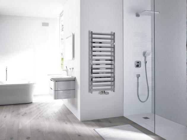 Koupelnový radiátor 200 Cube (Concept), chrom, 50 x 120 cm, 301 W, cena 8 423 Kč, WWW.KOUPELNY-PTACEK.CZ