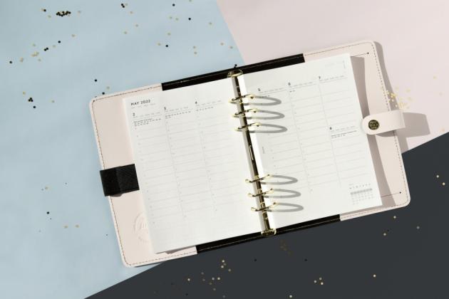 Kolekci Centennial tvoří limitovaná edice diářů zřady The Original, která se vyznačuje ikonickým designem odkazujícím na původní vzhled diářů Filofax.