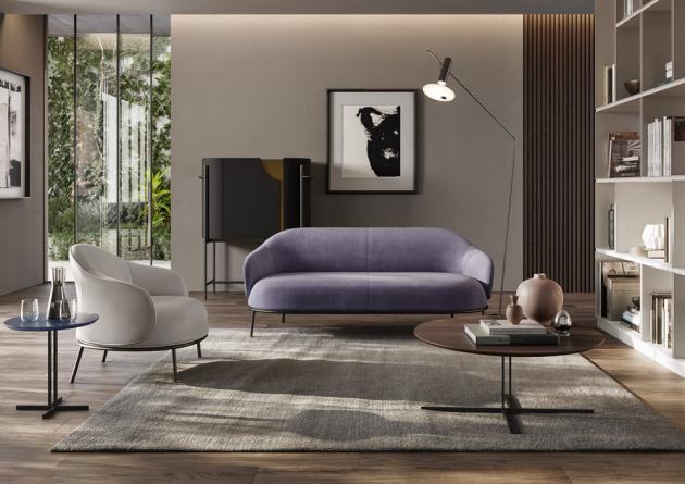 Stolek Estro (Natuzzi Italia), design Natuzzi Design Centrum, dřevo ořech a kouřový dub, lakovaný kov, cena 32 720 Kč, WWW.NATUZZI.CZ