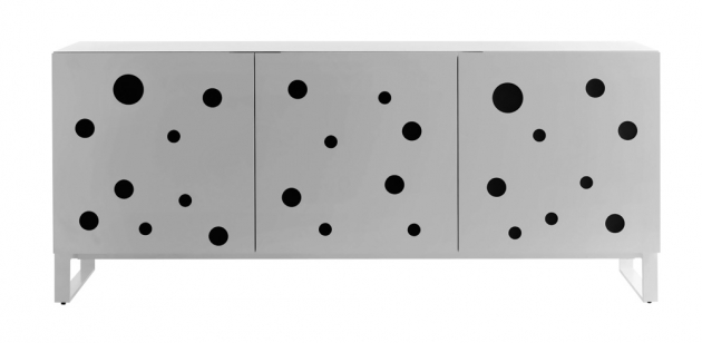 Komoda Polka Dots (Casamania), design Toyo Ito, lakovaná MDF a kov, dostupné ve více rozměrech, cena na dotaz, WWW.PUNTODESIGN.CZ