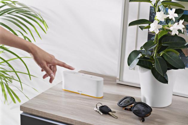 TaHoma® switch – inteligentní ovládací prvek s individuálně nastavitelnými scénáři pro dům i byt, kterým můžete kontrolovat veškerá kompatibilní zařízení v domácnosti