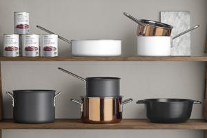 Varné nádobí: litina, nerez a speciální povrchy